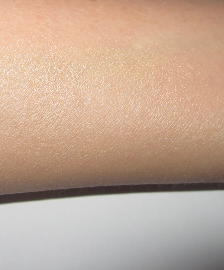 Laura Mercier Illuminating Tinted Moisturizer with SPF 20. Review ...