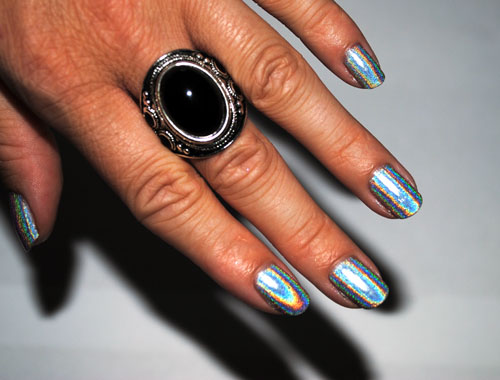 Nails Of The Day: GOSH 549 Holographic Nail Polish | MakeUp4All