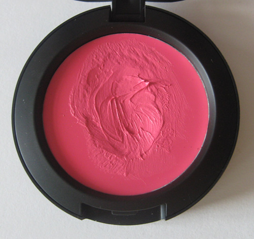 Nyx Cream Blush In Hot Pink Review Photos And Swatches Makeup4all
