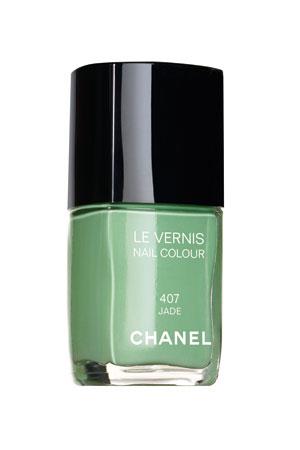 chanel-nail-polish-jade-green