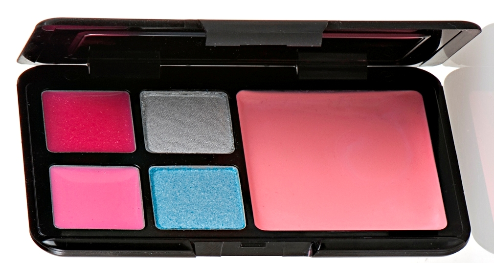 Luna Pallette Alice