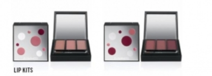 MAC Holiday 2009 Lip Kits