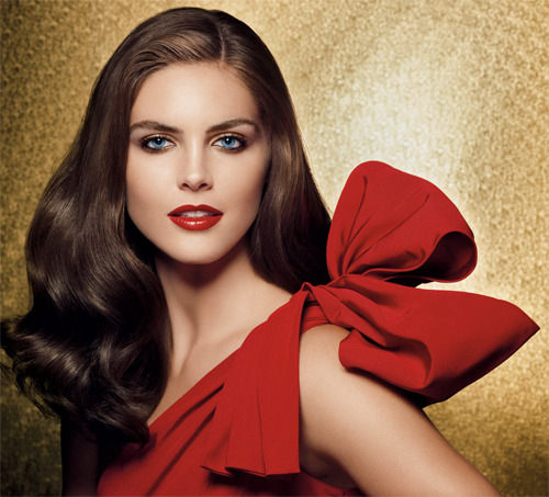Holiday 2009 Ultimate Red Makeup Collection by Estee Lauder