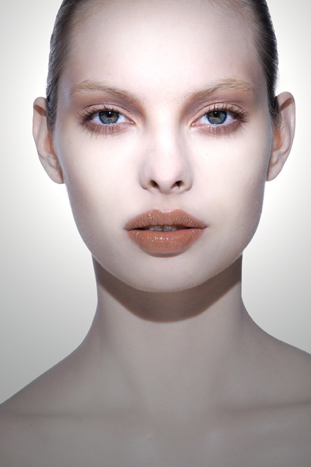 All Makeup S Of Lakme: Absolutely Unique Makeup By Ellis Faas: Would You Give It
