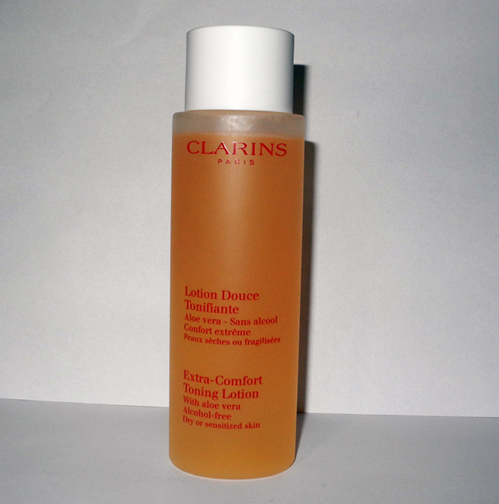 clarins extra comfort toning lotion for dry and sensitive skin review rave makeup4all. Black Bedroom Furniture Sets. Home Design Ideas