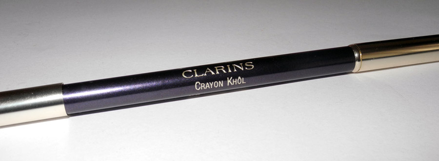 Clarins Crayon Khol in 05 Intense Violet Review and Swatches 1