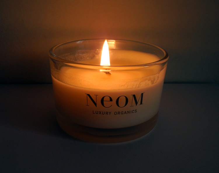 NEOM Organic Treatment Candle Refresh Review rave