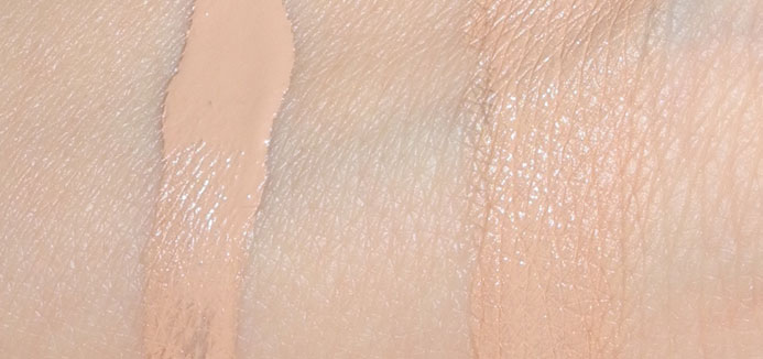 Clarins-Instant-Concealer--Review-and-Swatches-2