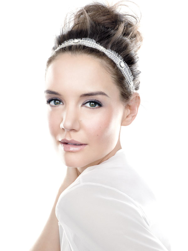 Bobbi-Brown--Nude-Glow-Makeup-Collection-for-Spring-2014-katie-holmes-promo