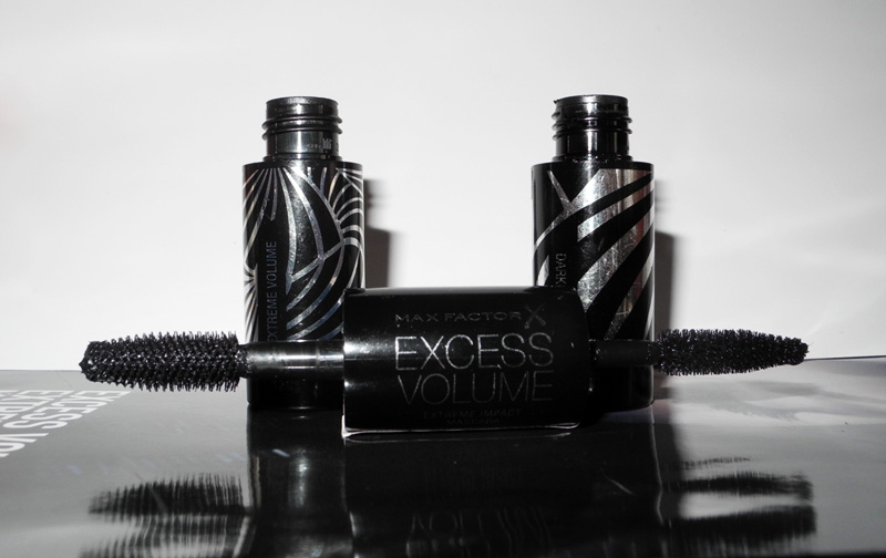 Max Factor Excess Volume Extreme Impact Mascara Review 1