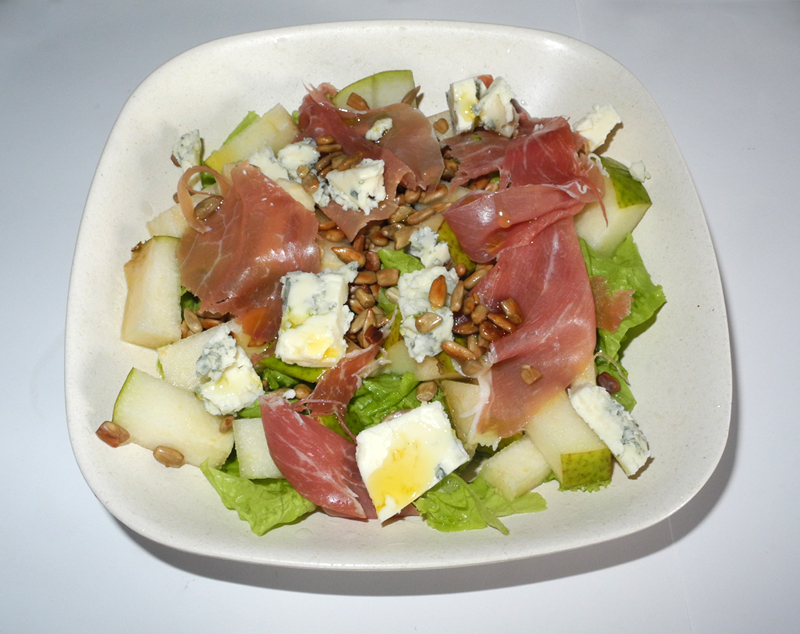 Makeup4all pear cheese prosciutto seeds salad photo of the weekend