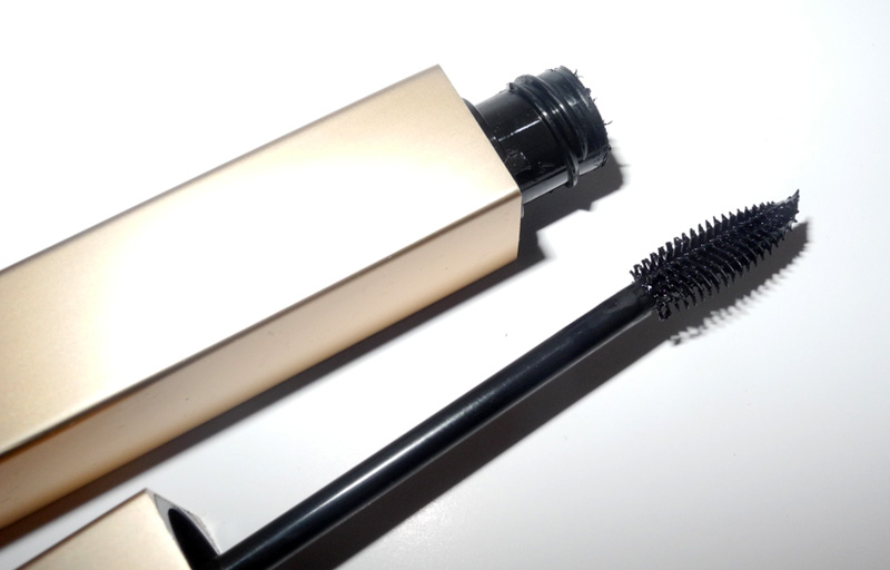 Clarins Be Long Mascara Review rave brush