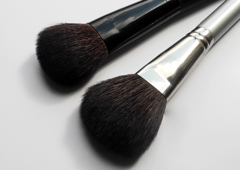 Rouge Bunny Rouge Face Contour Brush 012 Review and japonesque