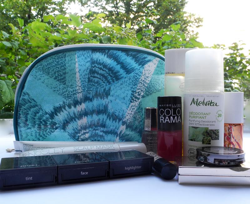 Aromatherapy Assosiates Revive Makeupbag