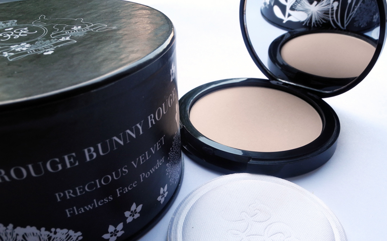 Rouge Bunny Rouge Flawless Face Powder Precious Velvet Review