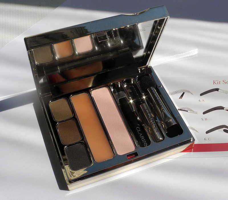 Clarins Kit Sourcils Pro Perfect Eyes and Brows Palette Review and Swatches look