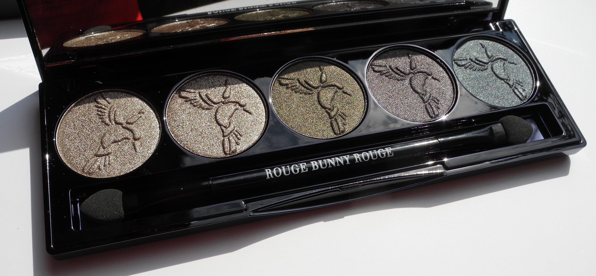 Rouge Bunny Rouge Eye Shadow Palette Raw Garden in Chronos Review and Swatches close up