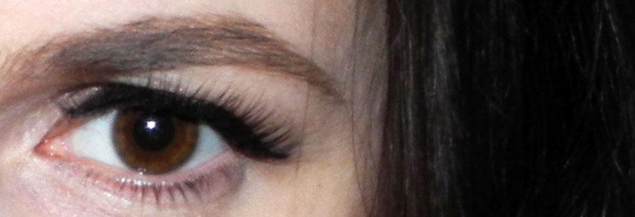 ESQIDO Mink Eye Lashes in Unforgettable applied BDay