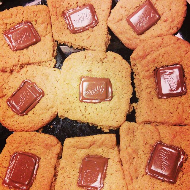 Peanut Butter Chocolate Cookies makeup4all recipe