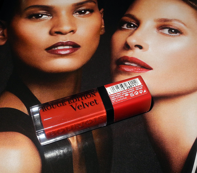 Bourjois velver Rouge Lipstick in personne ne rouge review and lip swatches