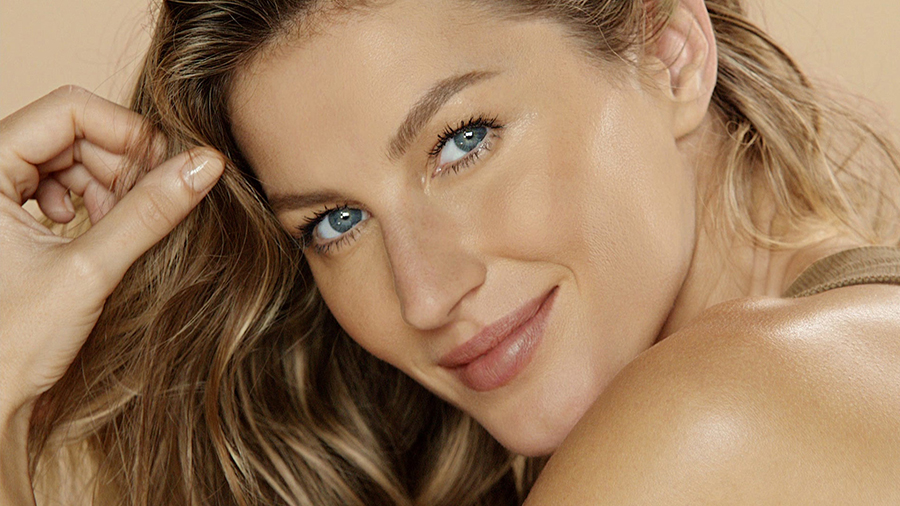 Chanel Les Beiges Makeup Collection for Summer 2015 gisele bundchen