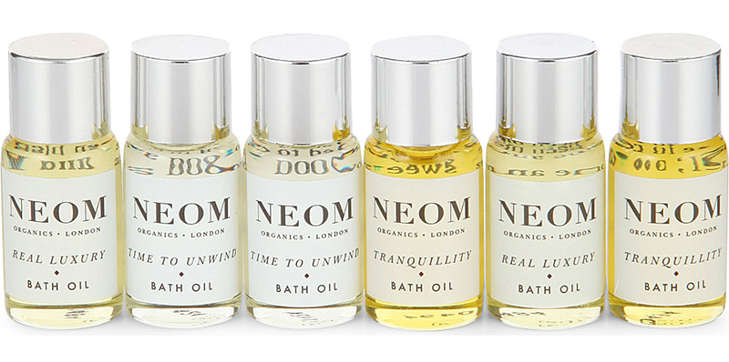 NEOM Six Blissful Nights Bath & Shower Oil Set