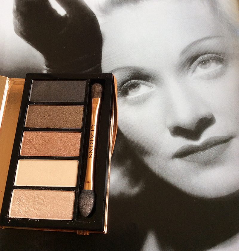 Clarins Natural Glow 5-Colour Eye Shadow Palette Review and Swatches 2