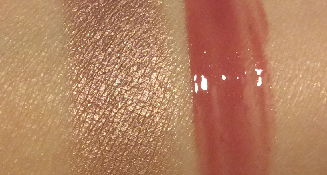 Clarins Ombre Iridescent eye shadows silver pink and Instant Light Natural Lip Perfector toffee pink shimmer review and swatches 1