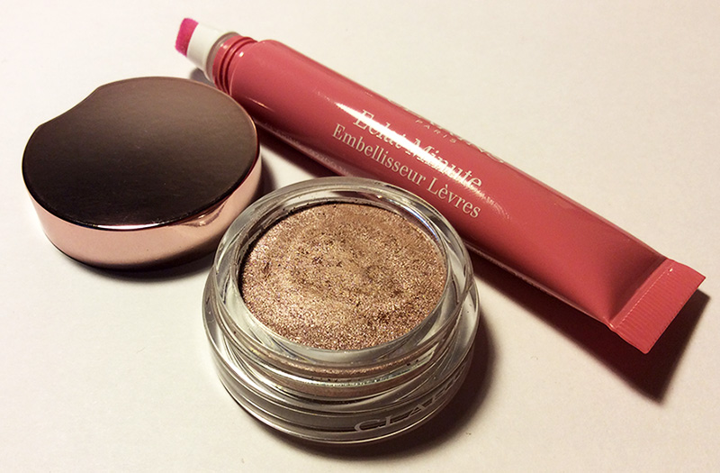 Clarins Ombre Iridescent eye shadows silver pink and Instant Light Natural Lip Perfector toffee pink shimmer review and swatches